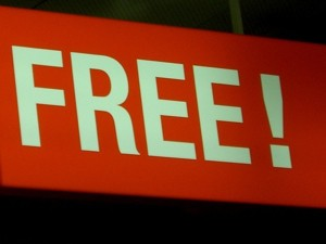 Copywriters: Should You Write Copy For Free? 5 Cases For Working Without Pay.
